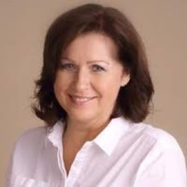 Hana Caltová, MBA
